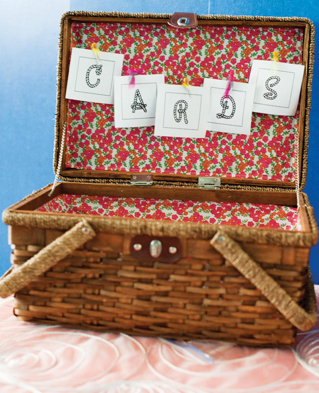 Card Boxes Wedding Gift Idea: 5 Non-Traditional Wedding Card Box Ideas